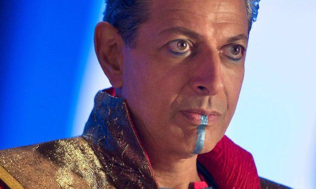 Jeff Goldblum Talks JURASSIC WORLD 2 and THOR RAGNAROK