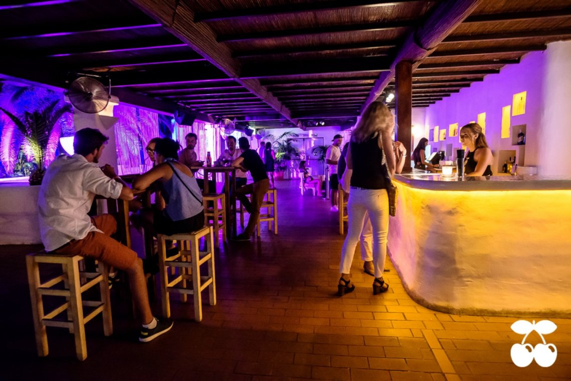 Pacha Ibiza 37 bar resto