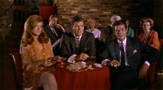 Janine (Joan Patrick), Chuck (Joe Hoover) und Eric (Tom Pace)