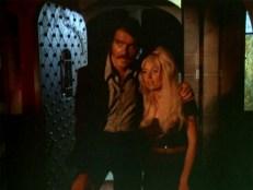 Ralph (Sean Kenney) und Donna (Ann Perry)