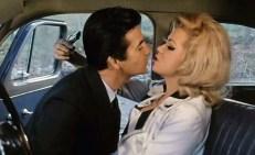 Agent Brice (Pierre Brice) und Agentin Linda (Margaret Lee)