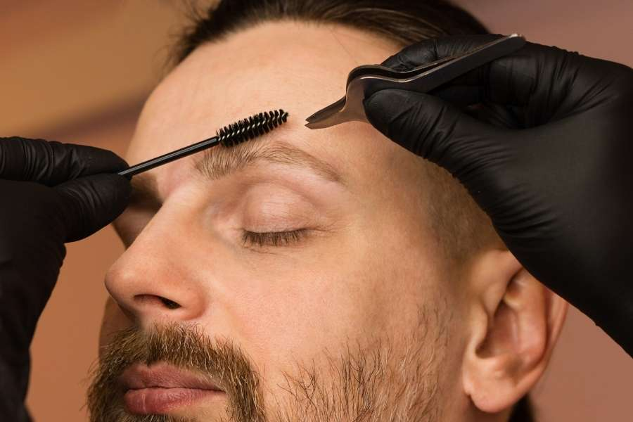 Camera-Ready Brows - Top Tips for Getting the Latest Catwalk Brow Trends (1)