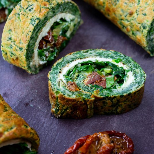 spinich-and-dried-tomato-roulade234