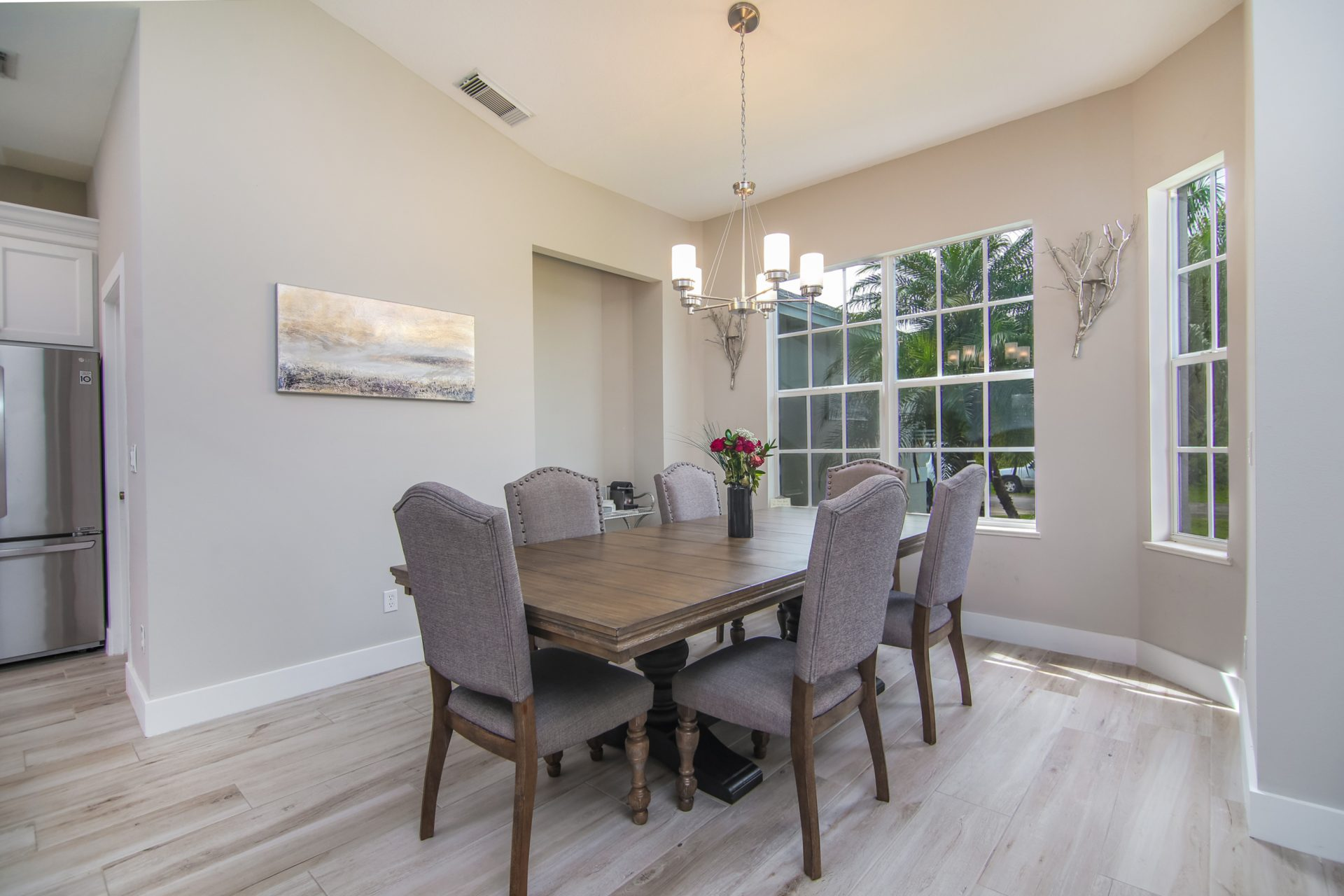 Fern Circle   Dining Table