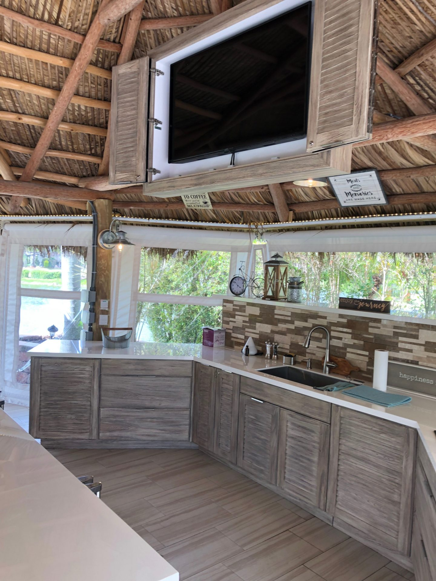 Outdoor Kitchens | Splendid Home Design