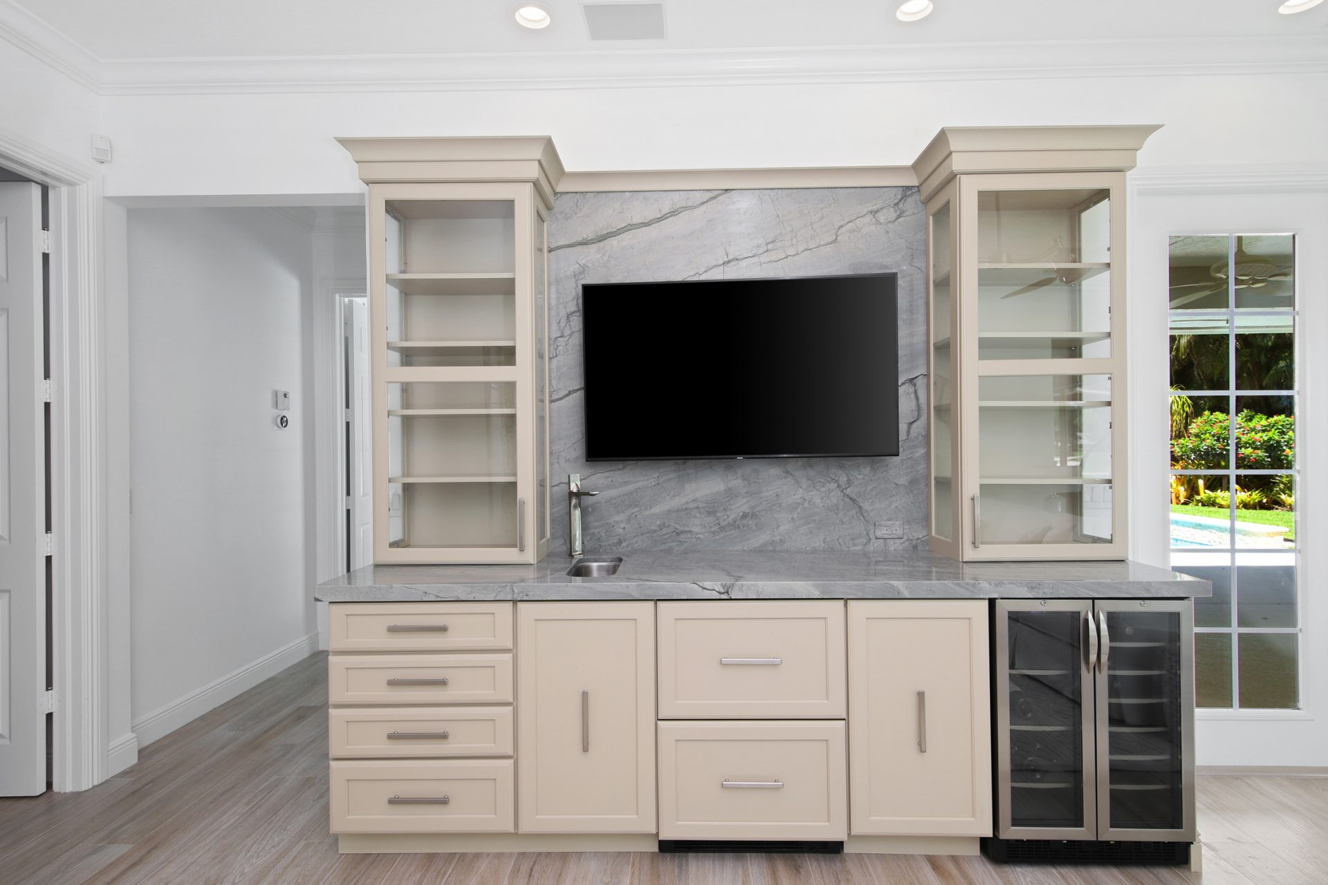 Spy Glass Lane | Wet Bar