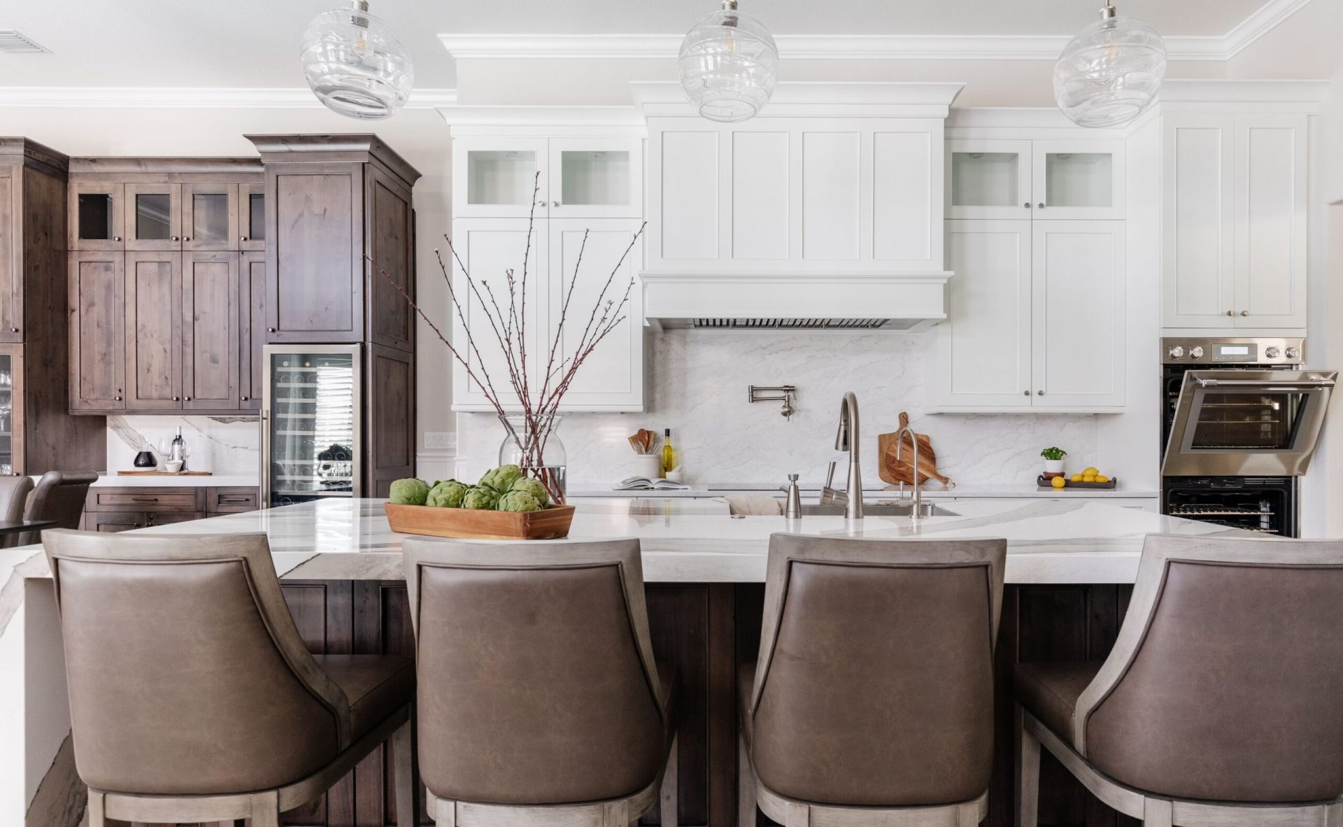 Canoe Creek Terrace | Oversized Kitchen Island
