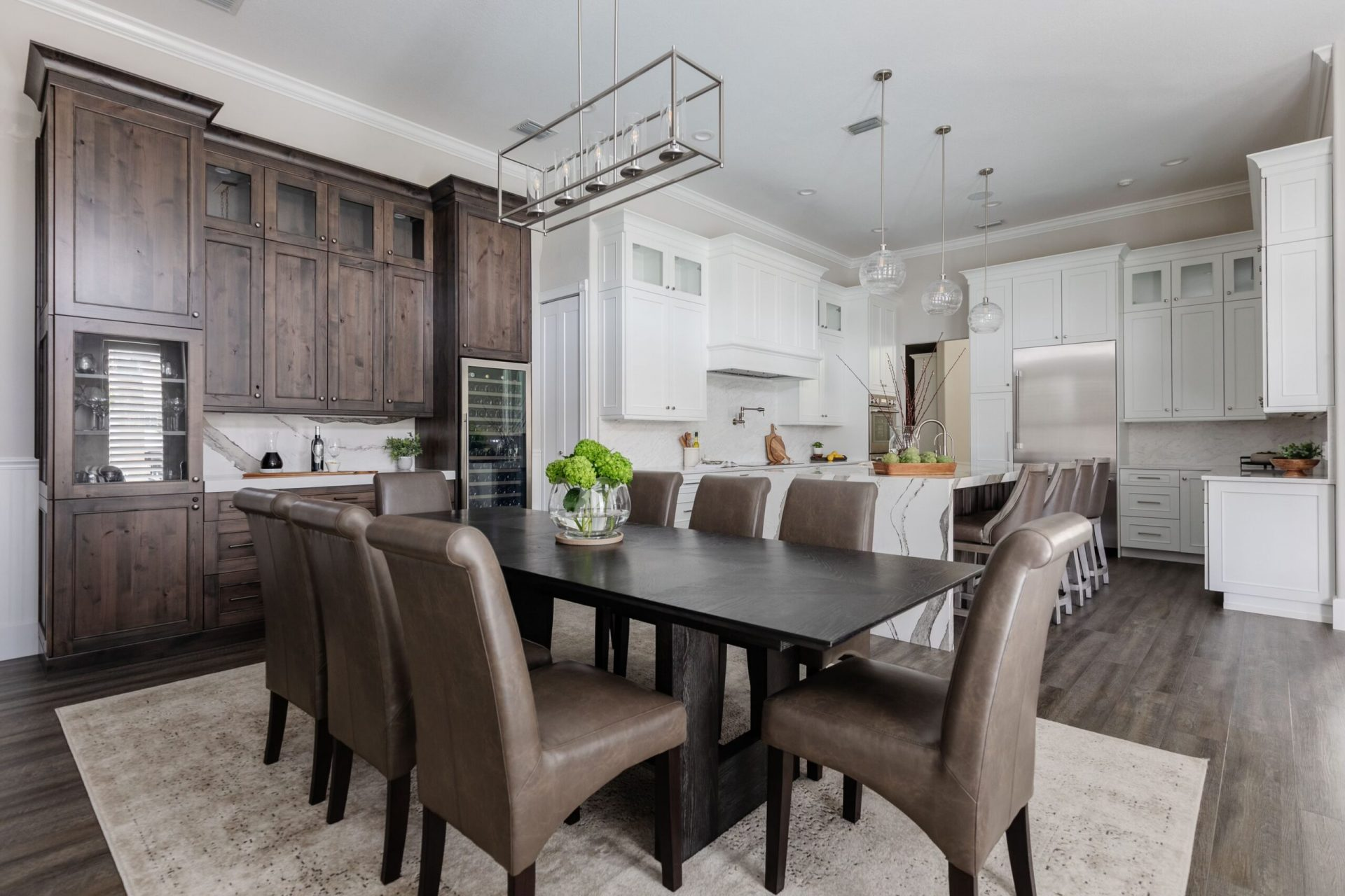 Canoe Creek Terrace | Dining Table