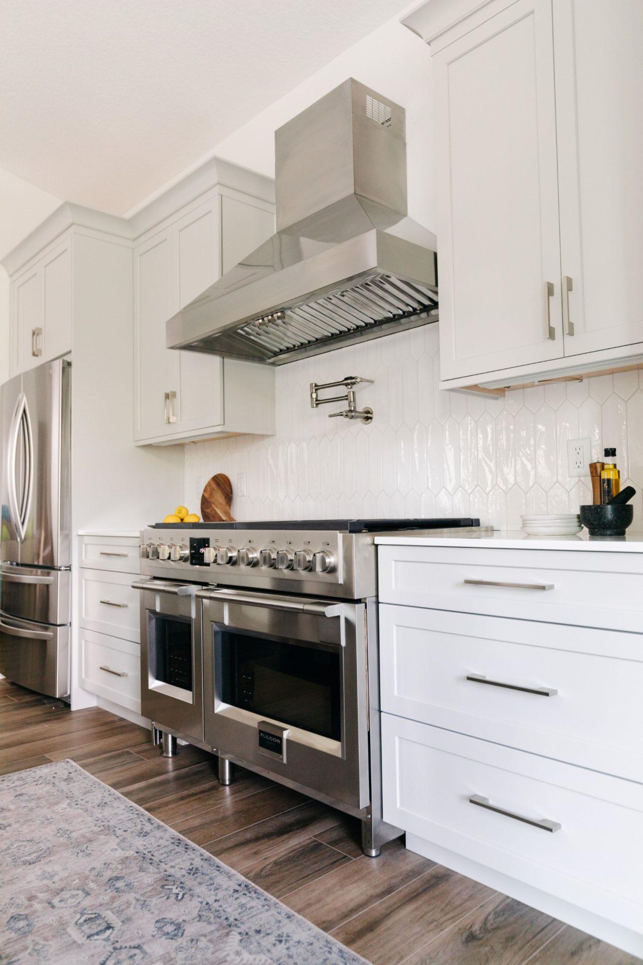 Wisper Bay | Kitchen Range