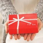30代年上彼氏の喜ぶクリスマスプレゼントは?,クリスマスプレゼントを渡すタイミングはいつ?,クリスマスプレゼントの金額の相場は?