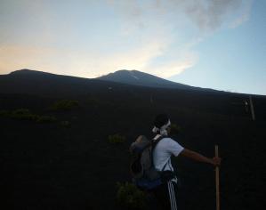 富士山 初心者 いきなり,富士山 初心者 登頂率,富士山 初心者 体力