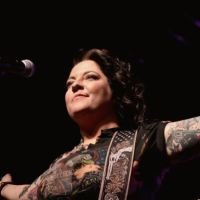 "Ashley McBryde Confirms 30+ Dates On ""The Girl Going Nowhere Tour"""