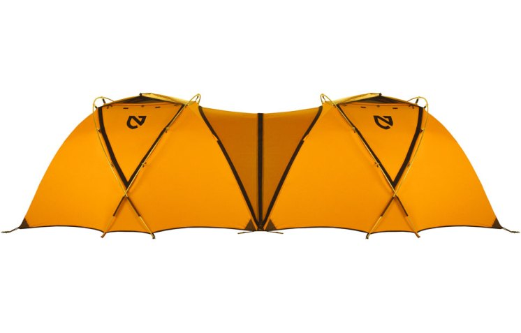Zip two Moki™ tents together with the Moki™ Connector panel by removing the lower portion of their vestibules. This is great for guides and clients, or waiting out a storm with your buddies.