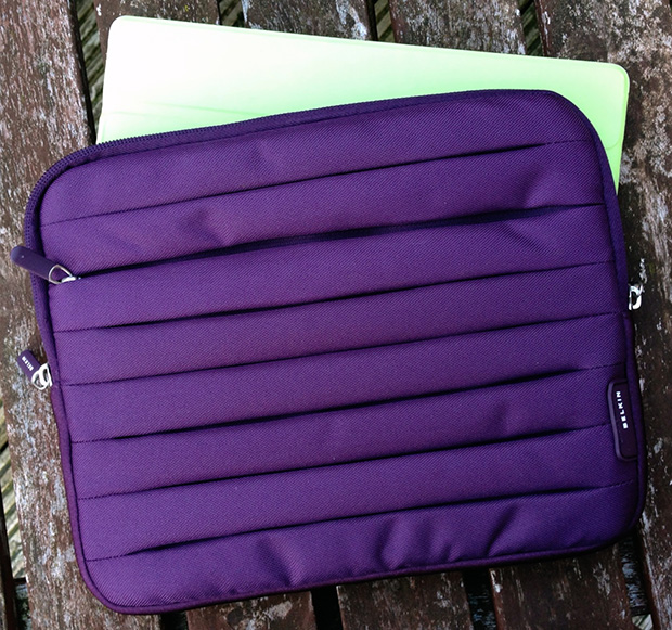 Belkin Pleat Sleeve for iPad