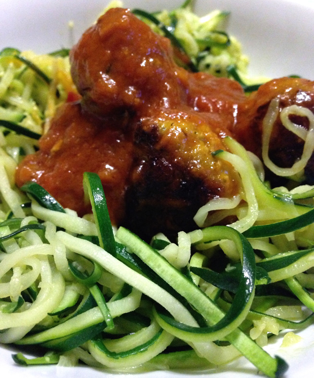 Courgette Spaghetti with Meatballs and Tomato and Chilli Sauce