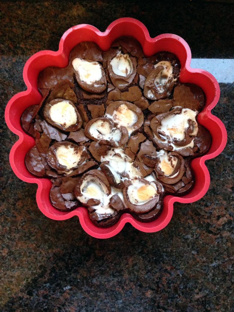 03 June - Creme Egg Brownie