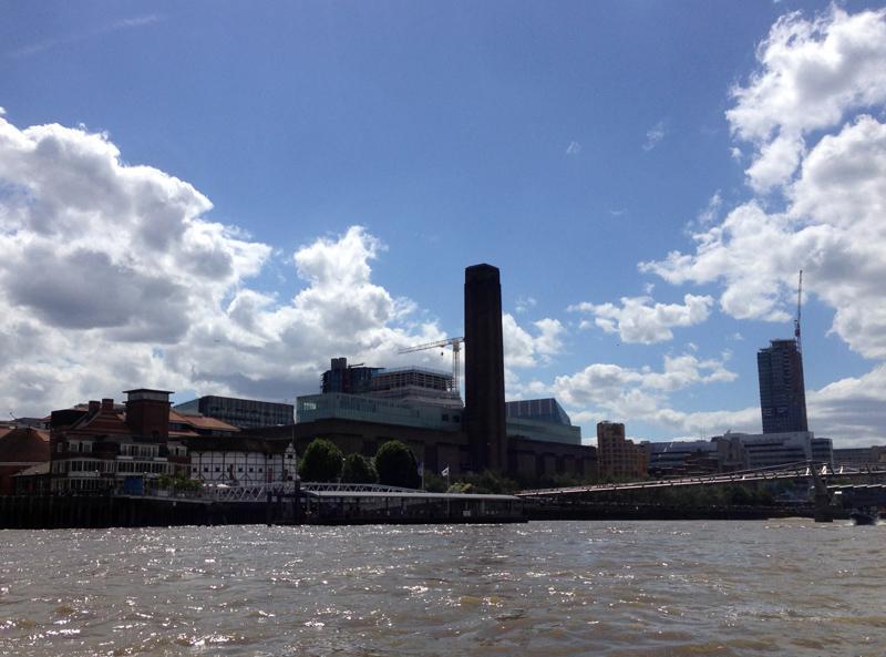 Thames RIB Experience - Tate Modern