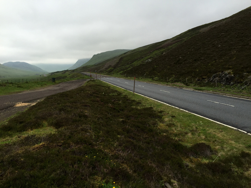 Scotland by Motorbike - Road over Glenshee