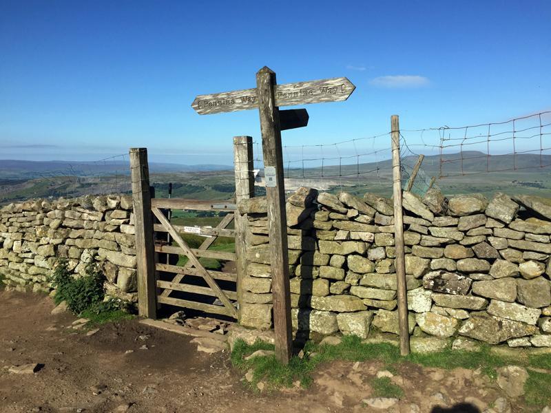 Yorkshire 3 Peaks - Pennine Way Signpost