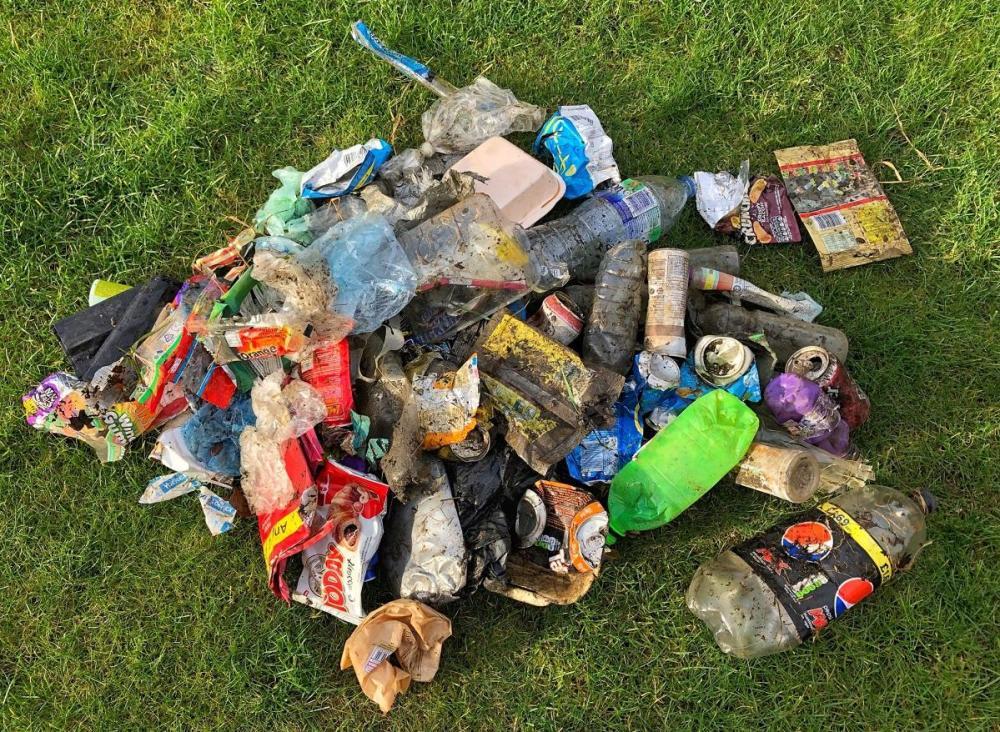 Splodz Blogz   Clean Up Plastic Litter