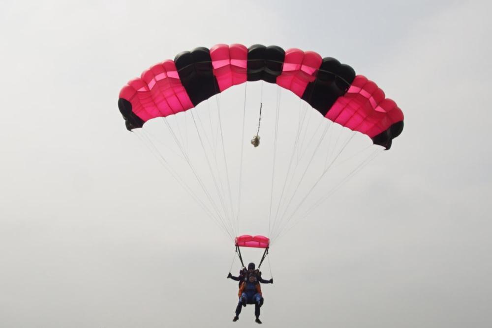 Splodz Blogz | Tandem Skydive with North London Skydiving
