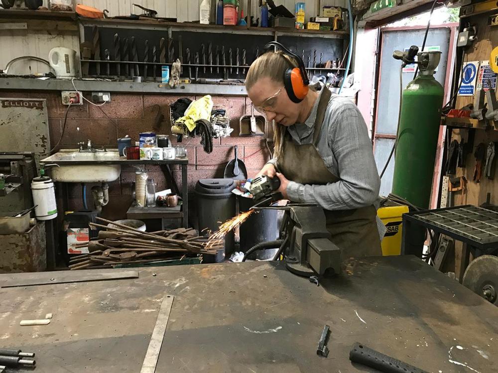 Splodz Blogz   Knife forging at Oldfield Forge
