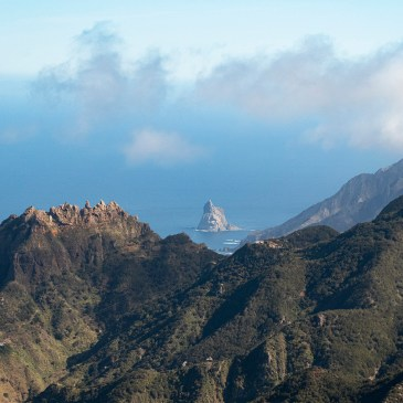 SEA VIEWS IN TENERIFE | FROM FISHING VILLAGES TO TOURIST MECCAS