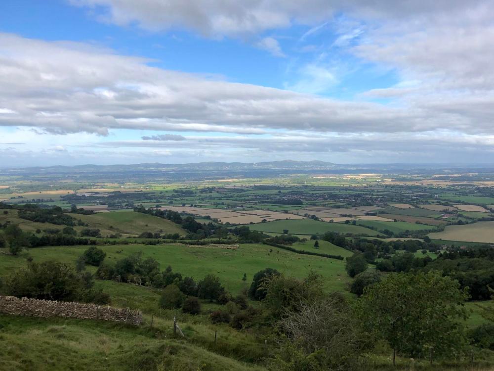 Splodz Blogz | Short Walks in the Cotswolds - Bredon Hill