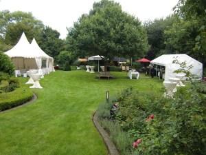 S+T Event_Catering_Gartenparty_Zeltgarnitur_Hochzeit