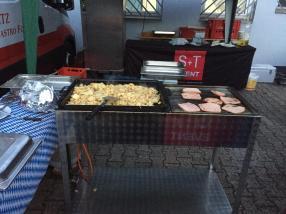 S+T Event_Catering_Firmenfeier_Sommerfest_Equipmentverleih_Eventplanung_Live-Cooking
