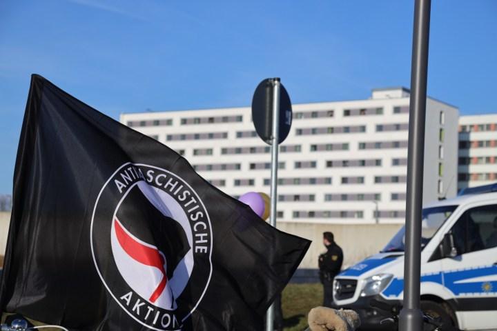 Anarchistisch feministische Knastkundgebung an der Justizvollzugsanstalt Chemnitz
