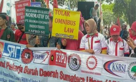 BURUH SUMUT TOLAK OMNIMBUS LAW RUU CILAKA