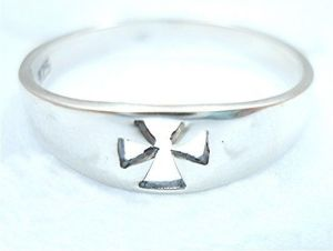 STERLING-SILVER-CROSS-CRUCIFIX-SHINNY-RING-New-400482345316-3