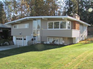 Exterior home siding and vinyl window replacement