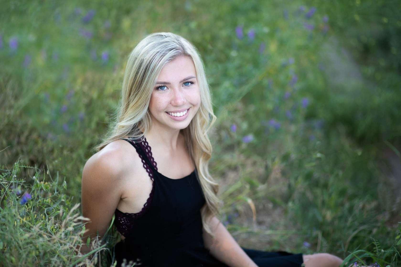 cute senior photo in Spokane WA