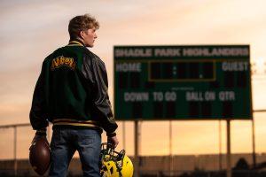 best senior photo of a football player