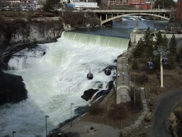Gondolas Over Spokane Falls