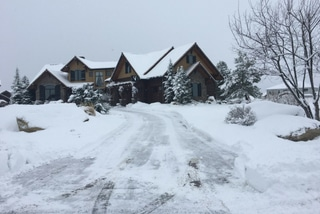 driveway snow removal service