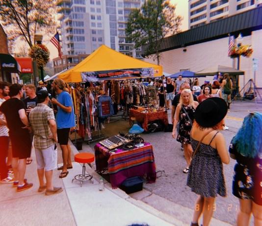 Coeur d'Alene night market