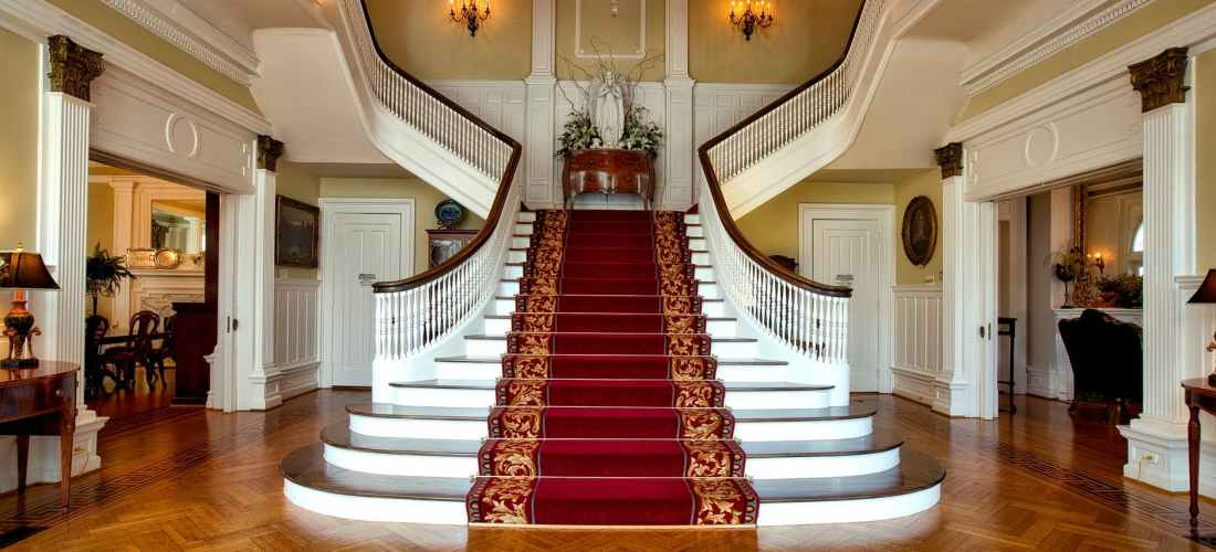 red and brown floral stair carpet