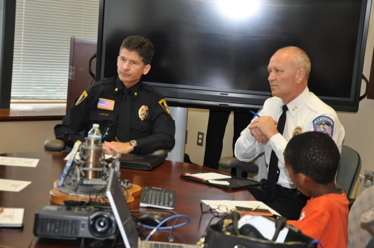 Mounds View Police Chief Thomas Kinney (l) and New Brighton Police Chief Bob Jacobson