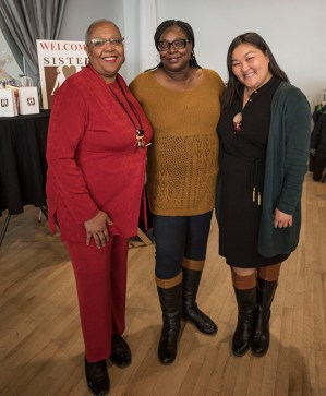 (l-r) Tracey Williams-Dillard, Dell Gates and Va Yang of Blue Cross Blue Shield Minnesota