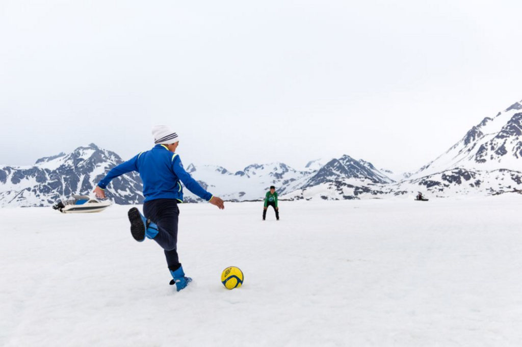 Soccer buddies in Greenland — spoly
