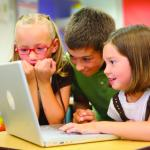 Kids Still Distance Learning Check Out These 11 Do S Don Ts For Zoom Calls With Kids