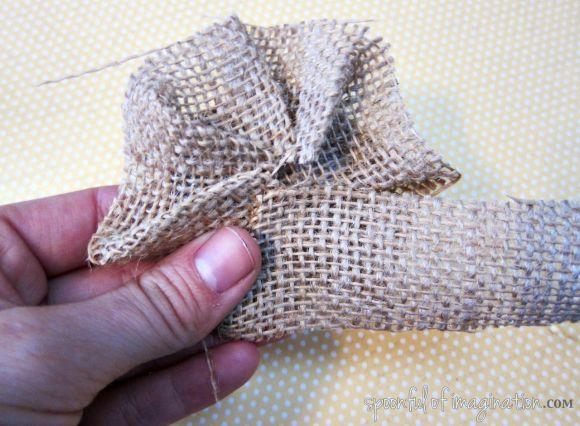 making burlap hair bow