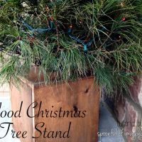DIY Wood Christmas Tree Stand