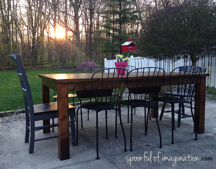 DIY_outdoor_table