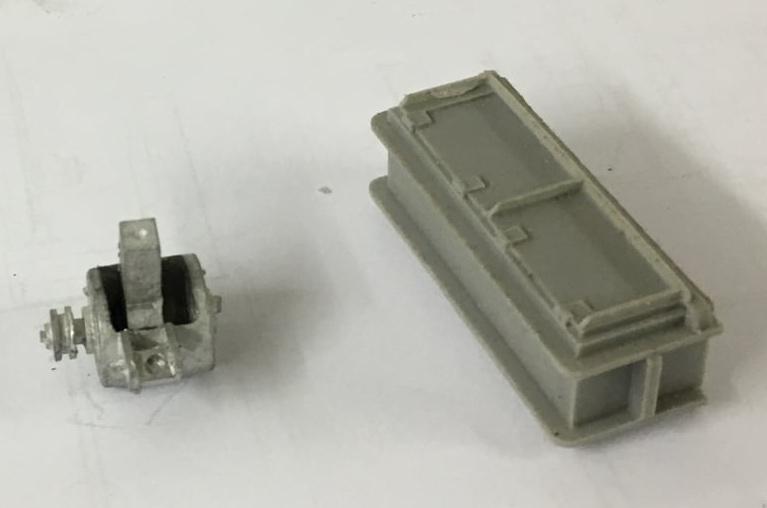 Batterikasse  og dynamo - Tikøb Støberi