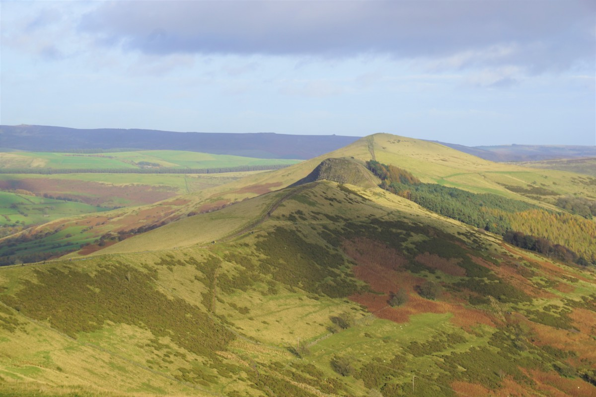 A few hours in Mam Tor Hill, Peak District Review