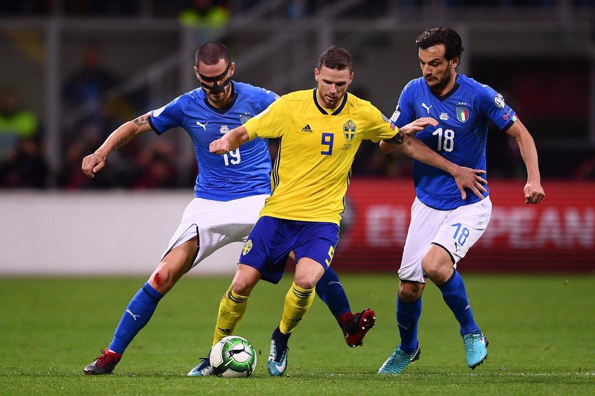 إيطاليا تفشل في التأهل لكأس العالم لأول مرة منذ 60 عاماً